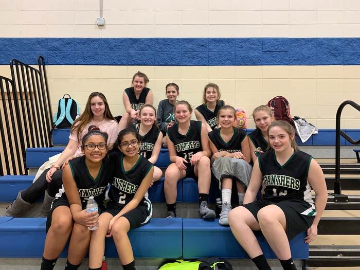 8th Girls Basketball Team