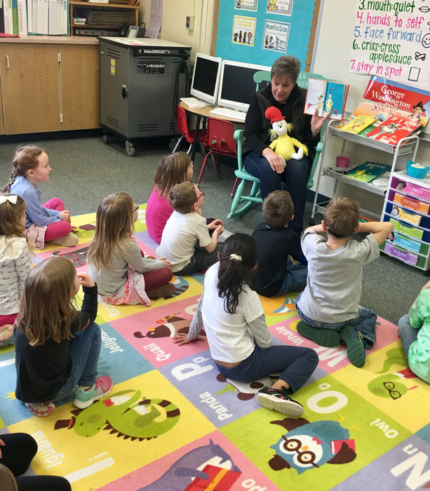 Special guest, Mrs. Rohrer, took a break from 2nd grade to read a Dr. Seuss book to Miss Rohrer's kindergarteners today!