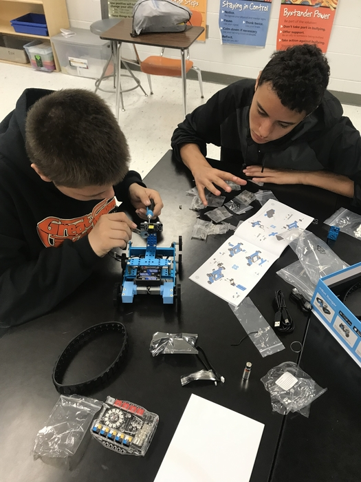 8th grade robotics