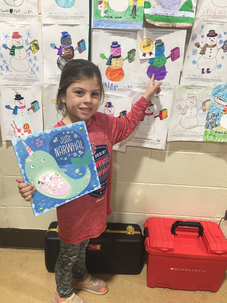 Kindergarten winner for the Book Fair! Good job Molly!