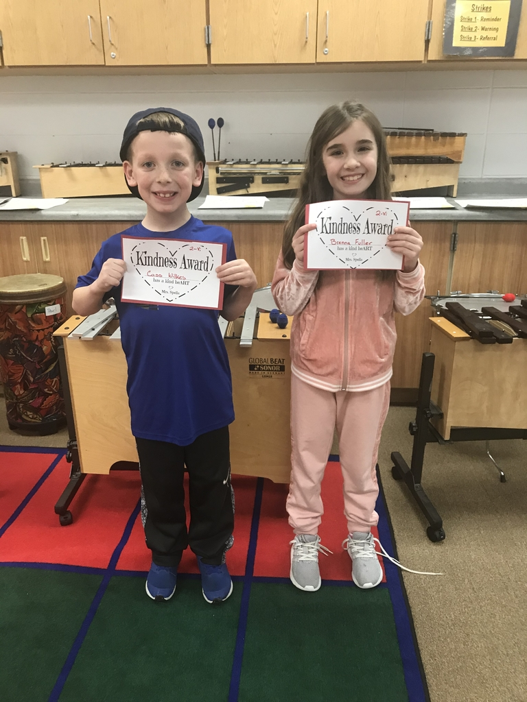 2nd graders caught being kind in music! ❤️🥰🎹